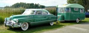 vintage-travel-trailer-green